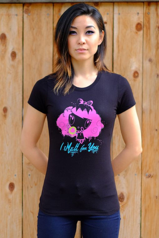 Women wearing I Melt for You Lolligag t-shirt