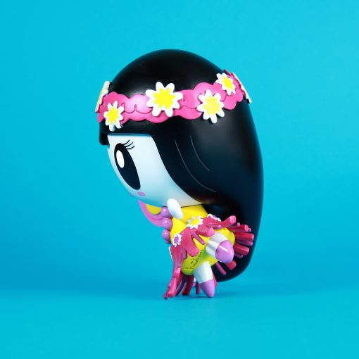 Side profile of Aloha Lolligag vinyl toy